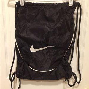 Nike drawstring backpack EUC